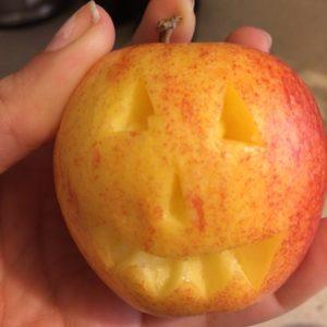 apple halloween face